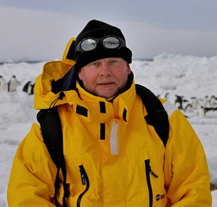 AntarcticaDad&PenguinsCropped2